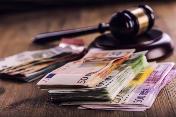 Erste öffentliche Reportage über Spielerklagen steht bevor
